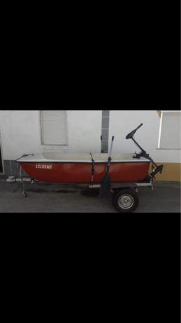 Vendo barco e atrelado