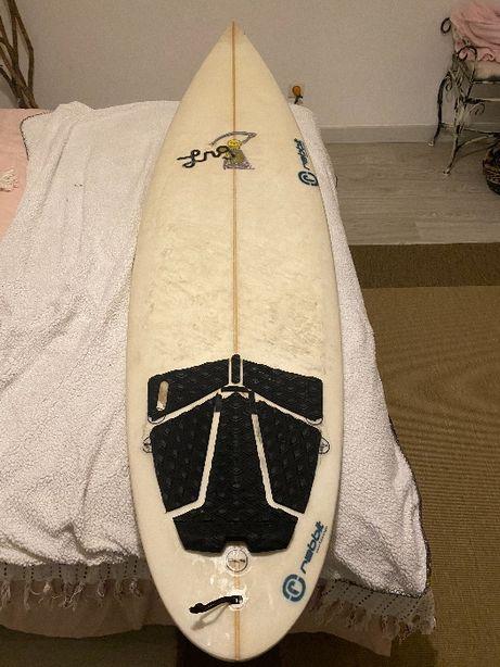 Vendo Prancha de surf 6.1 ou troco