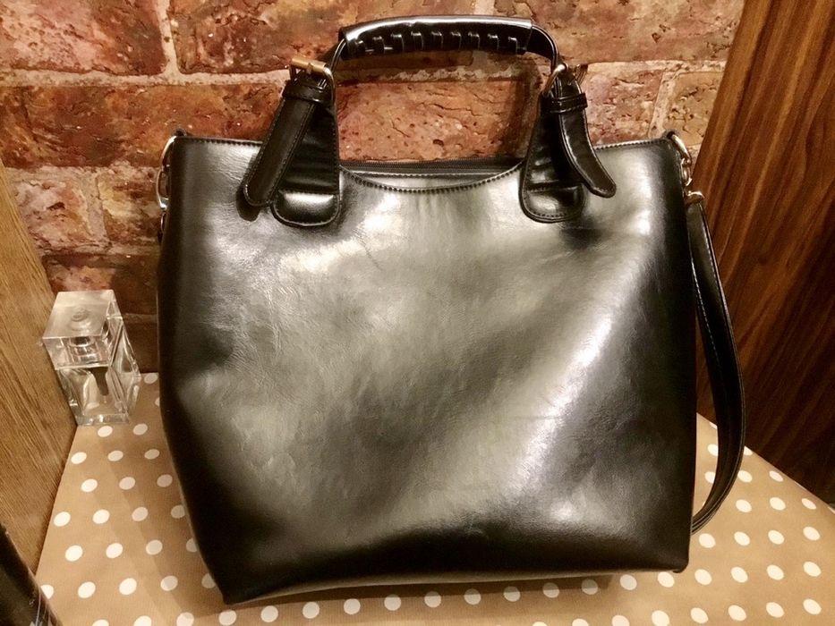 Женская вместительная сумка черного цвета Нежин - изображение 1