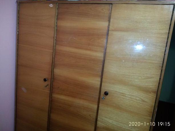 Шкаф продам