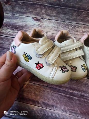 21 22 размер кроссовки, туфельки, кеды для двойни