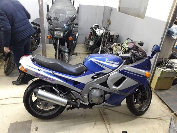 Kawasaki ZZR по з/ч