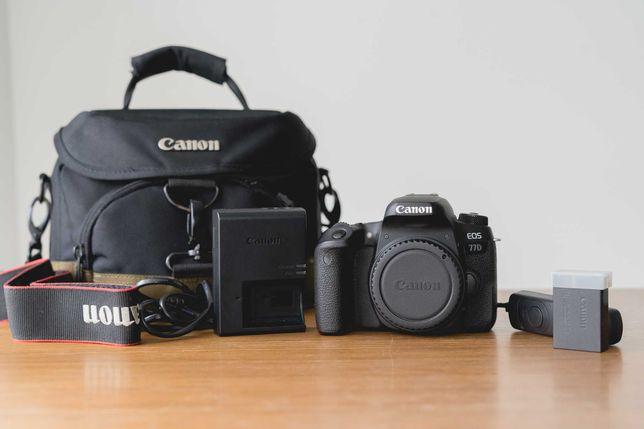Canon EOS 77d + 18-55MM IS STM f4-5,6 + Torba GRATIS