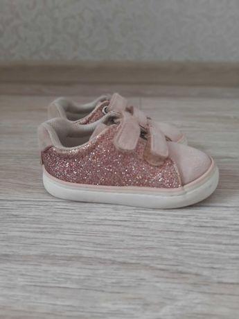 Дитячі кросівки 20 розмір