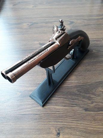 Зажигалка-пистолет газовая