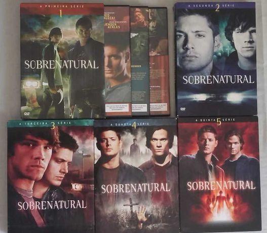 """DVDs da série """"Sobrenatural"""". Temporadas 1 a 5."""