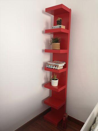 Estante IKEA modelo LACK vermelha como nova