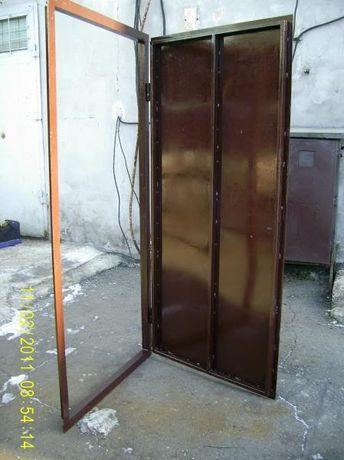 Технические двери Дверь в кладовку