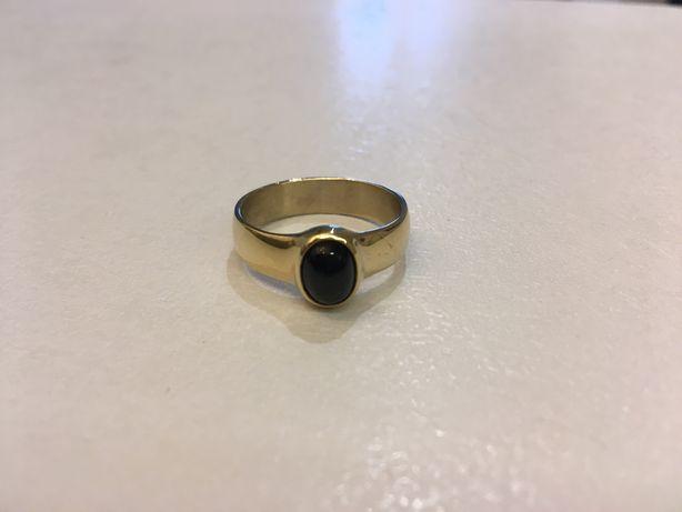 Перстень с чёрным сапфиром