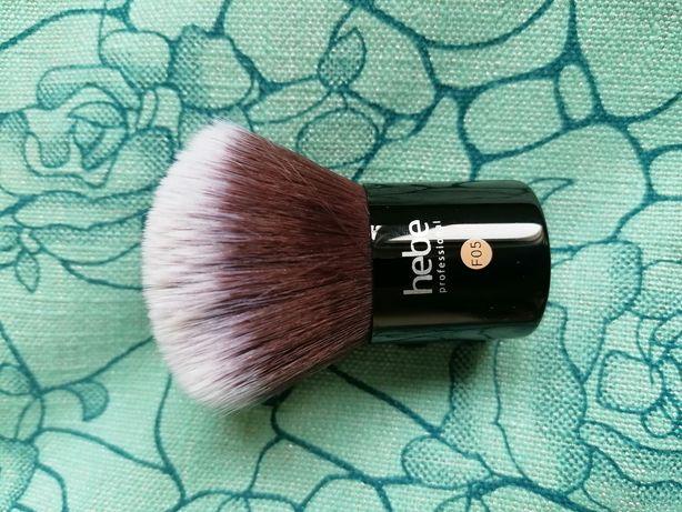 Pędzel typu kabuki Hebe F05