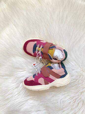 Стильные кроссовки Zara 25 р на липучках, только с 1-8 марта СКИДКА