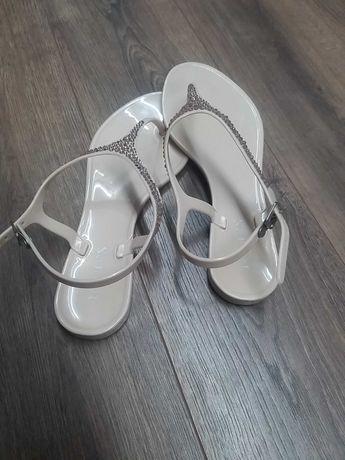 Sandały letnie rozmiar 38