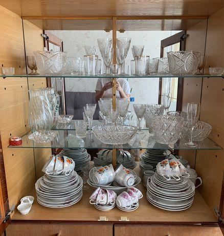 Посуда, тарелки, чашки, бокалы