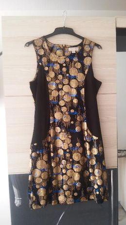 Mini Sukienka czarna ze złotymi zdobieniami