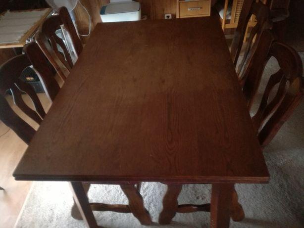 Stół drewniany rozkładany i 4 krzesła