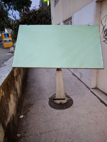Estirador Molin hidráulico c/cadeira e sistema auxiliar de desenho