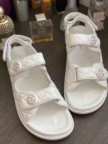 Кожаные босоножки в стиле Chanel 25 см