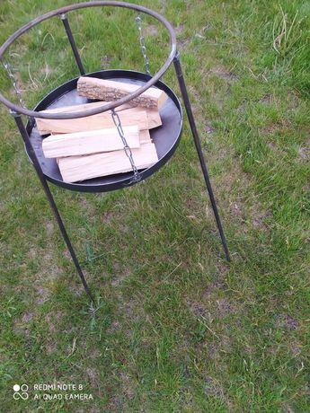 Подставка для огня.тринога для казана.сковороди с подставкой.мангал