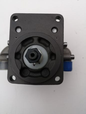 Pompa hydrauliczna podnośnika New Holland