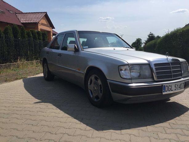 Mercedes W124 300D ! Zadbany! 2 komplety kół! Świeże OC!