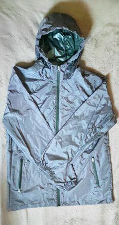 Męski płaszcz przeciwdeszczowy