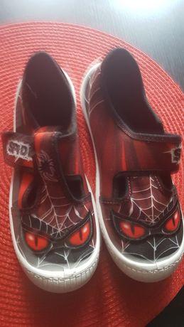 Nowe papcie trampki Spiderman 44