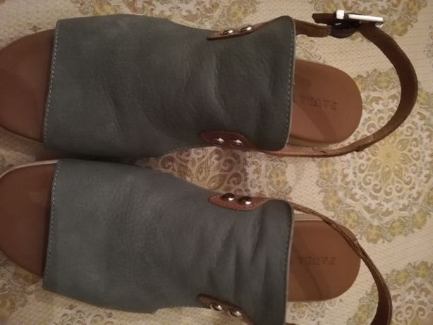 Vendo sandálias Paula Urban nº 40