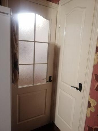 Продам двері кухня, туалет, ванна)