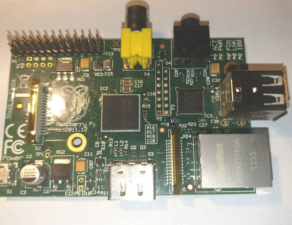 Raspberry PI Model B 512MB + obudowa
