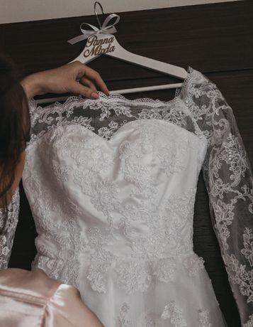 Koronkowa suknia ślubna dla wysokiej osoby 36/38/s/m