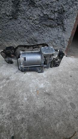 Продаю пневмокомпрессор для BMWX5
