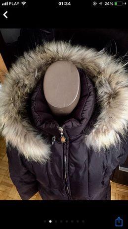 Płaszcz puchowy Esprit ,kaptur jenot naturalny