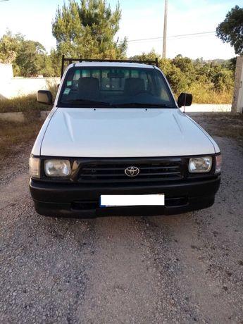 Excelente Pick-up TOYOTA HYLUX  a diesel