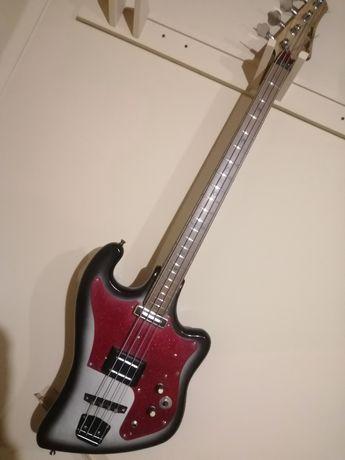 Бас гитара винтаж.
