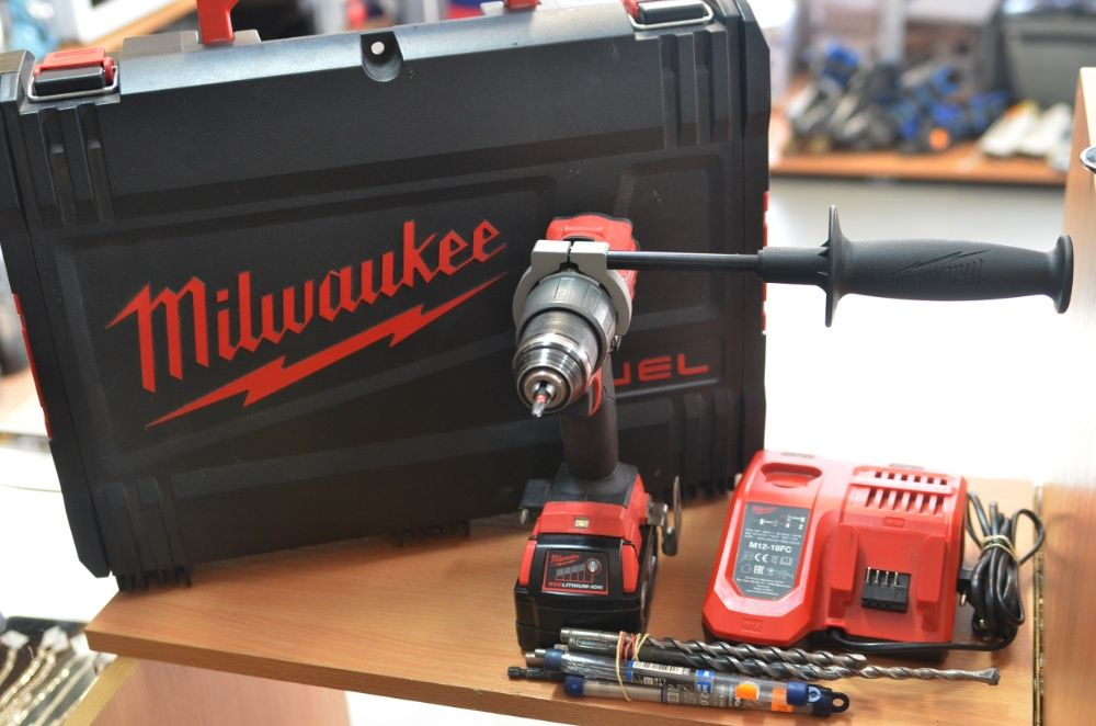 Wiertarko wkrętarka udarowa Milwaukee M18 FPD2-0X Li-ion 5,0Ah 18V