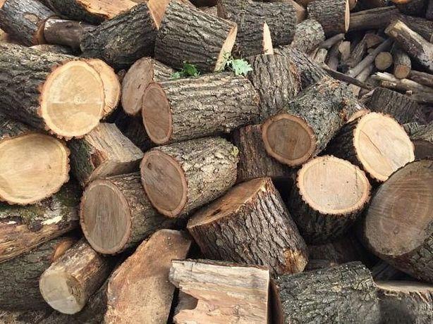 Ріжу, рубаю дрова