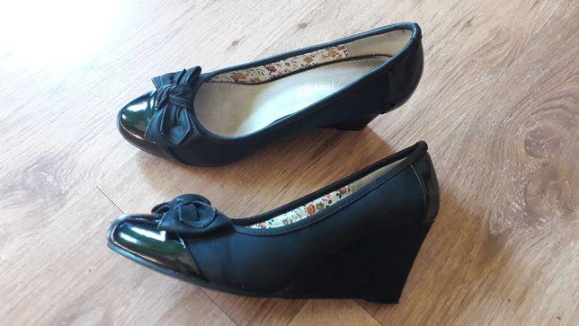 Półbuty Jenny Fairy rozm 40 na koturnie buty wygodne obcas