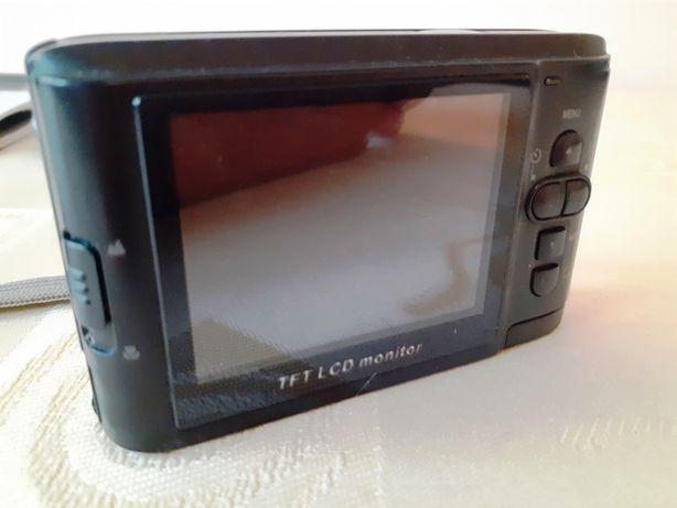 sprzedam aparat fotograficzny z akcesoriami