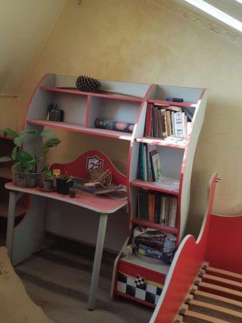 Меблі для хлопчика. Стіл та шафа. Ексклюзивний комплект.