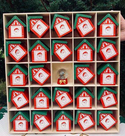Колоекционный новогодрий календарь наиелку из дерева!