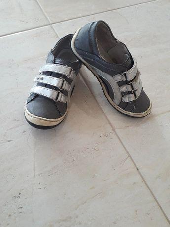 Półbuty, buty sportowe, adidaski skórzane Kornecki