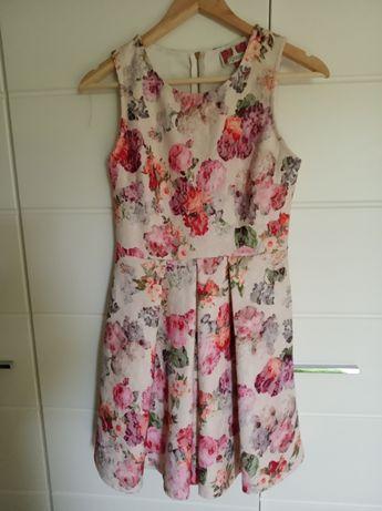 Wyprzedaż szafy Sukienka dla dziewczynki