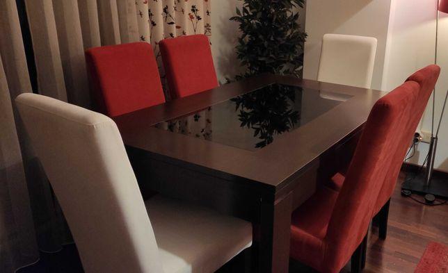 Mesa de jantar em ótimo estado (praticamente nova)