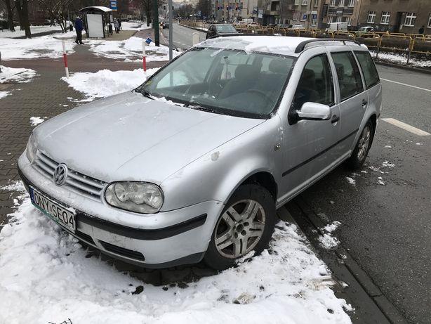 Volkswagen Golf 4, r. 2000, diesel, do naprawy lub na części