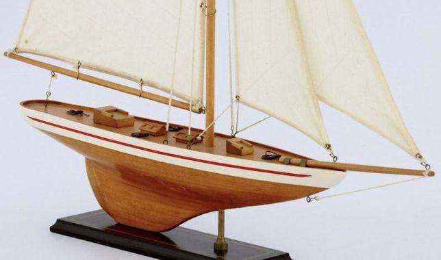 Maquete de veleiro