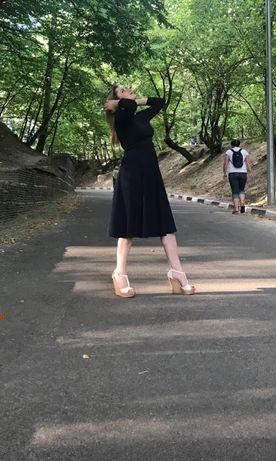 Платье фирмы VOVK