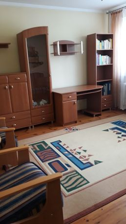 Komplet mebli z dywanem