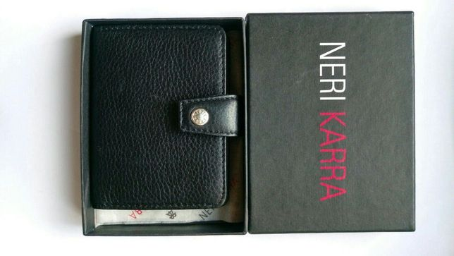 Кожаная визитница Neri karra. 450 грн.