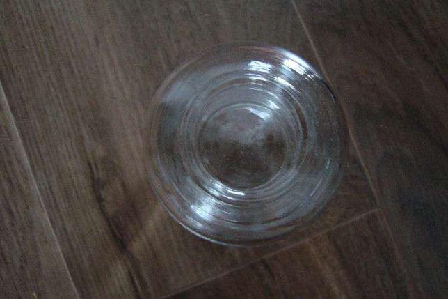 szklany słoiczek