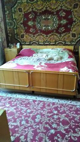 Срочно продаю спальню